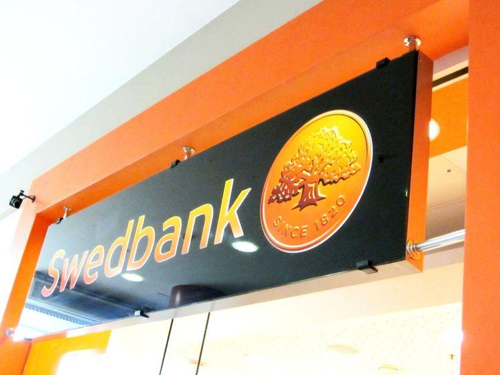 swedbank sollentuna öppettider
